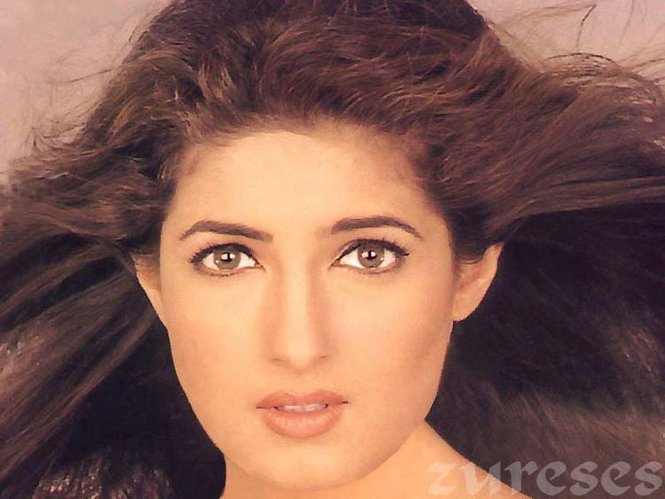 Twinkle Khanna Sexy Face Look