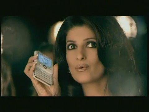 Twinkle Khanna Micromax Mobile Ad