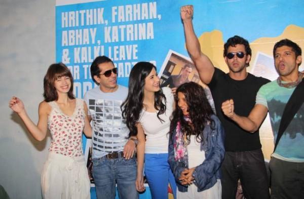 Kalki Koechlin,Ritesh,Katrina,Zoya,Hrithik and Farhan Still