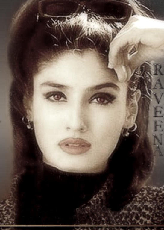 Raveena Tandon Hair Style Sexy Eyes Wallpaper