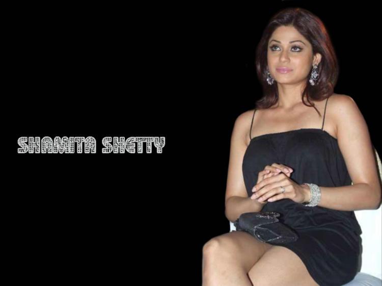 Shamita Shetty Black Sleeveless Dress Still