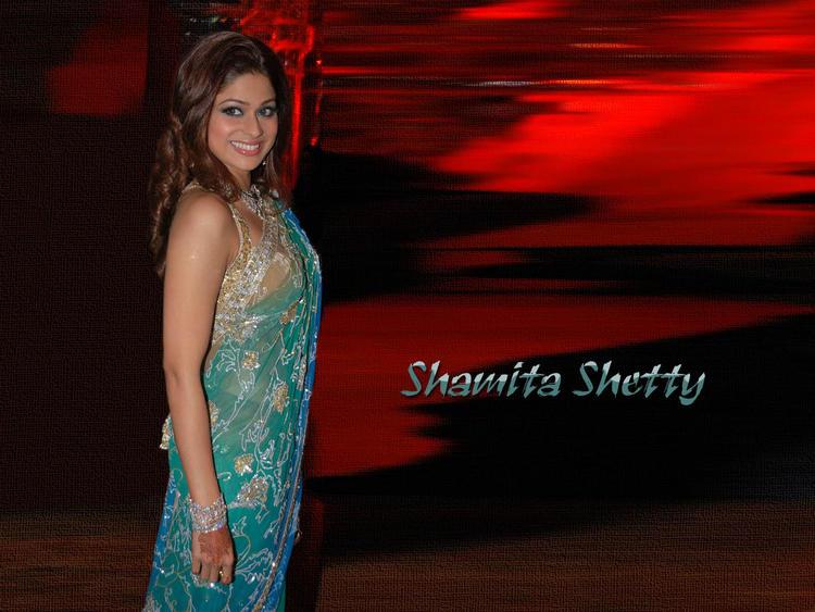 Shamita Shetty Latest Glamour Wallpaper
