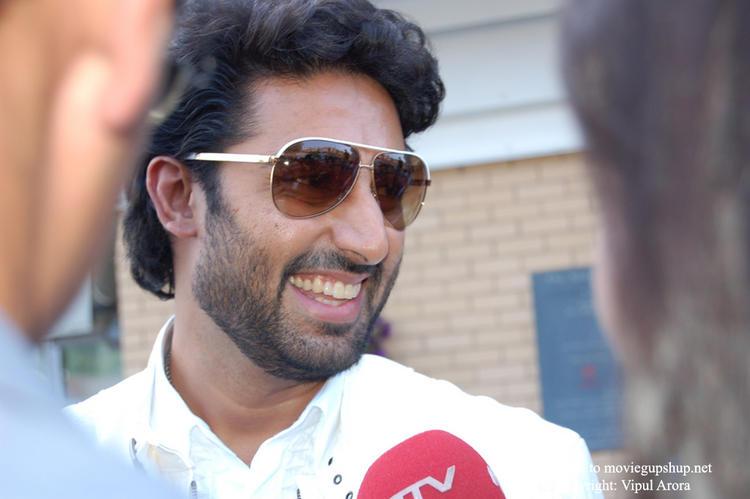 Abhishek Bachchan Latest Cute Smill Pic