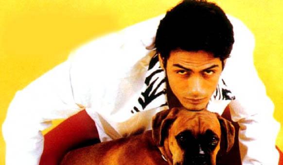 Arjun Rampal Hot Wallpaper With Dog
