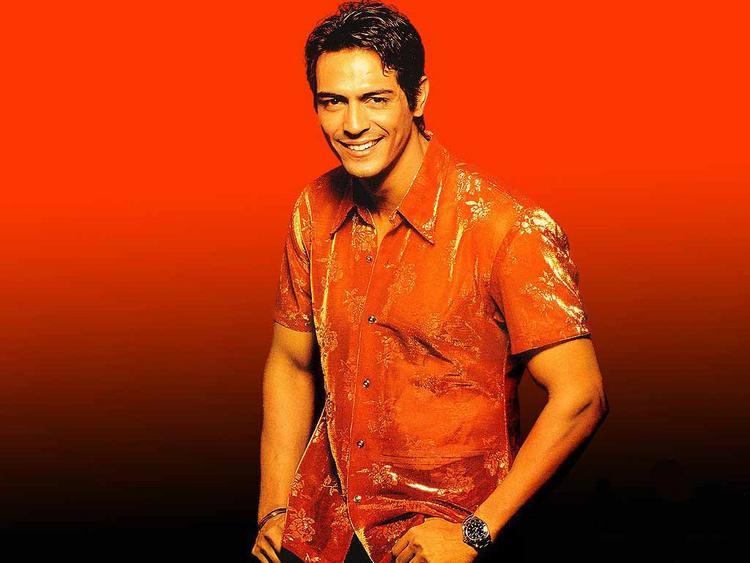 Arjun Rampal Background Red Wallapper