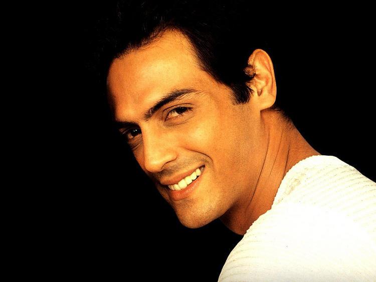 Arjun Rampal Sweet Smile Wallpaper