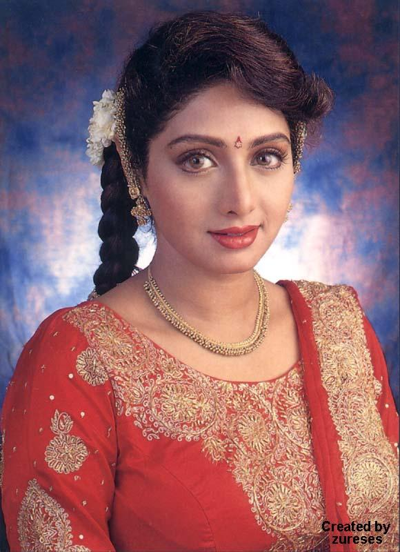 Beautiful Simple look of Sri Devi