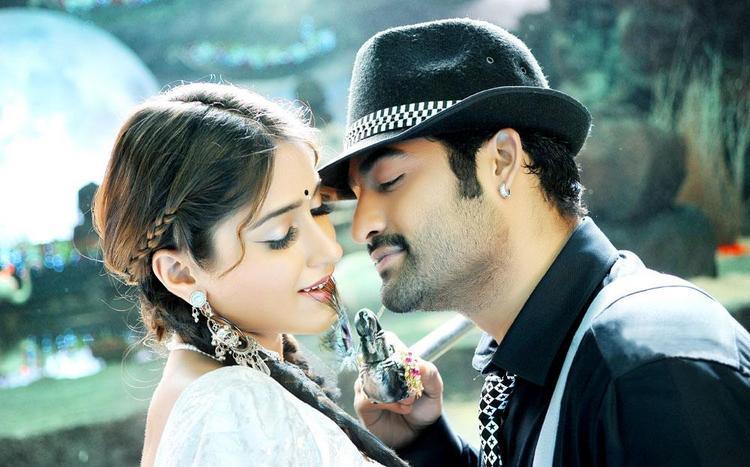 Ileana and Shakti Romance Still