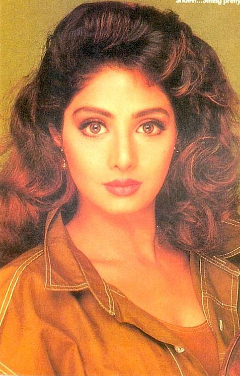Sridevi looking gorgeous