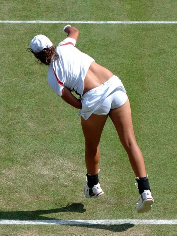 Sania Mirza Tennis Play Photo