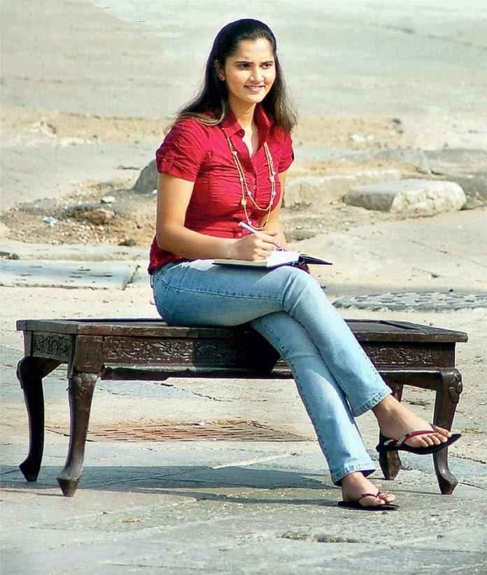 Sania Mirza Sizzling Stunning Photo