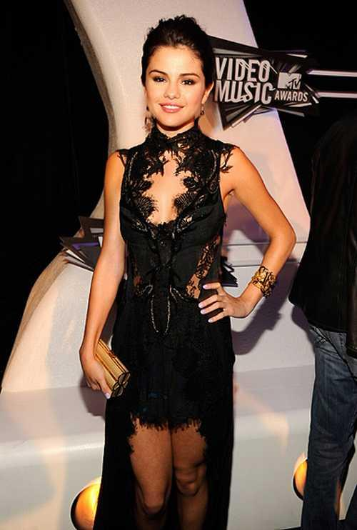 Selena Gomez Hot Dressing  at MTV