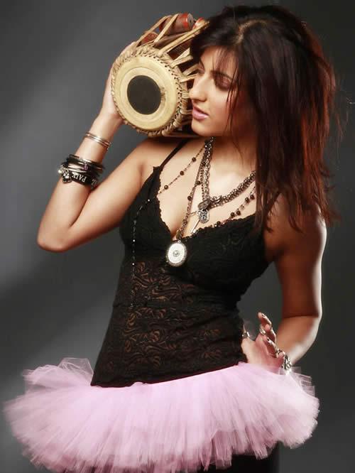 Shruti Hassan beautiful photoshoot