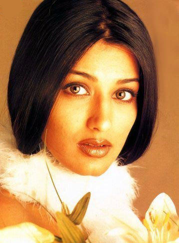 Sonali Bendre gorgeous wallpaper