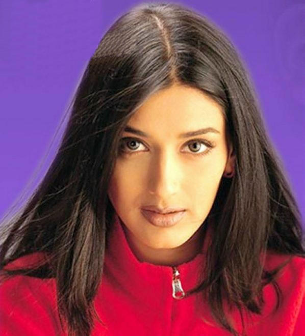 Sonali Bendre hot wallpaper