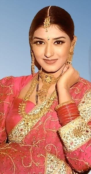 Sonali Bendre beautiful look wallpaper