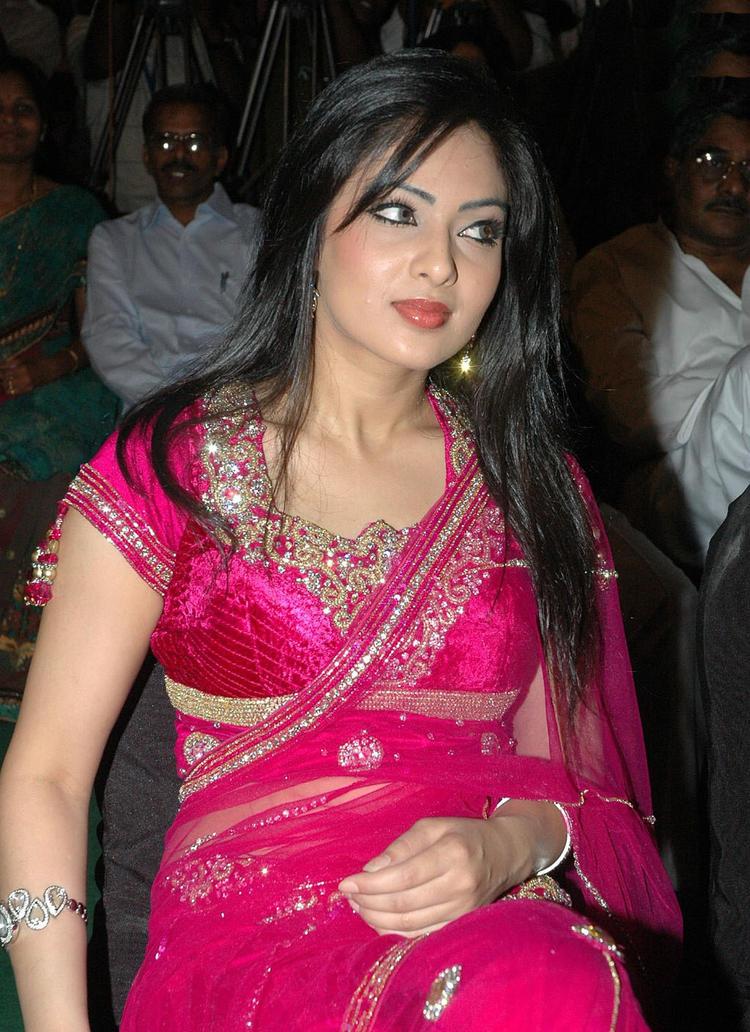 Hot actress model Nikeesha Patel