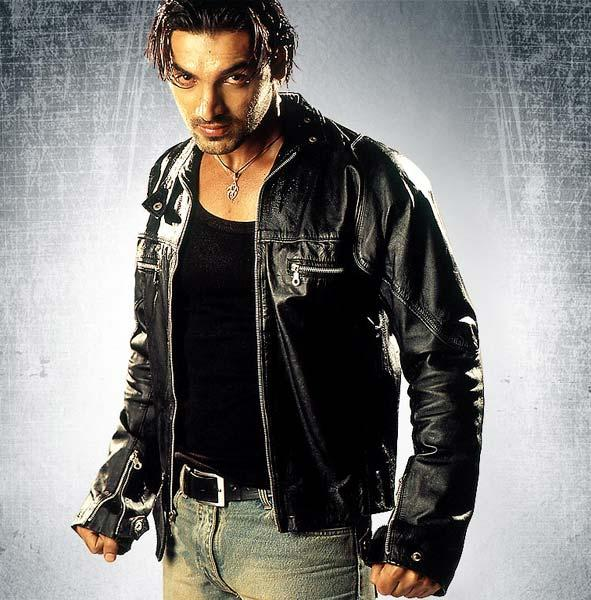 Angry John Abraham in Aetbaar wallpaper