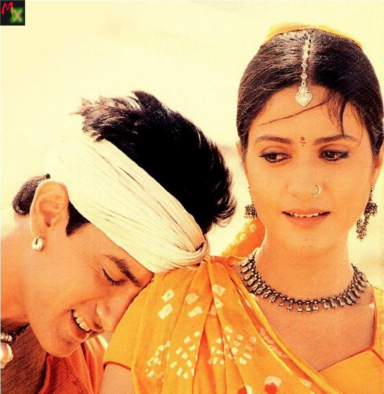 Aamir and Gracy Singh in Lagaan