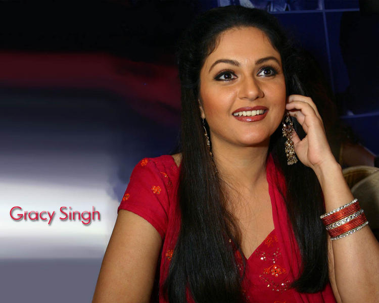 Gracy Singh lookking gorgeous