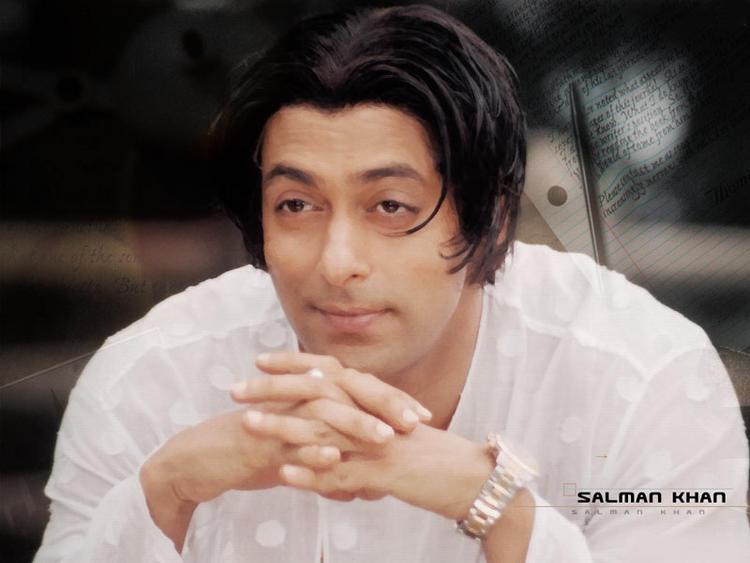 Salman Khan hair style in Tere Naam