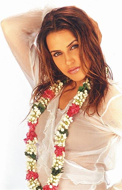 Neha Dhupia latest spicy wallpaper