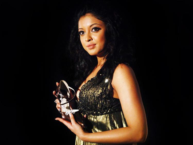 Tanushree Dutta in amazing dress wallpaper