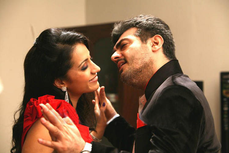 Trisha,Ajith kiss stills in Mankatha