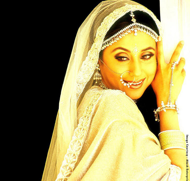 Urmila Matondkar best wallpaper