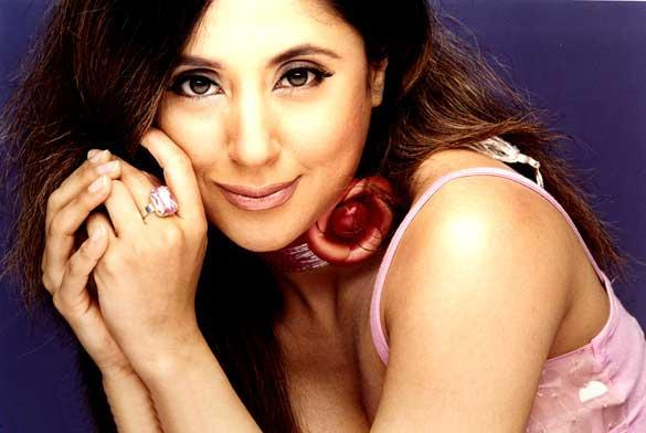 Urmila Matondkar cute hot wallpaper