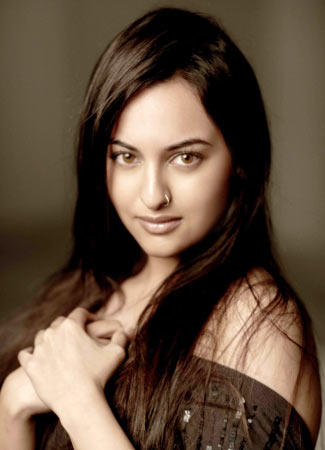 Sonakshi Sinha sexy images
