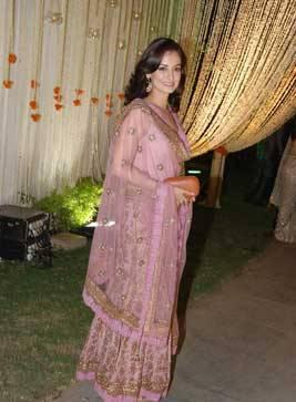 Dia Mirza at Vivek Oberoi and Priyanka Alva wedding reception