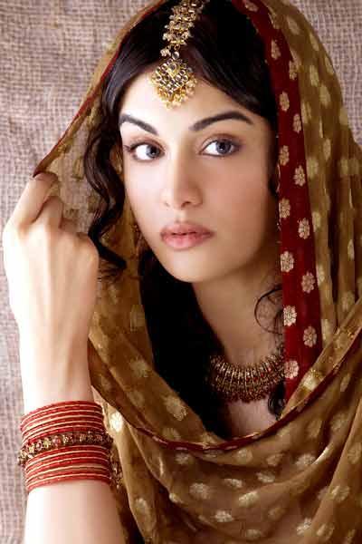 Adah Sharma beautiful look
