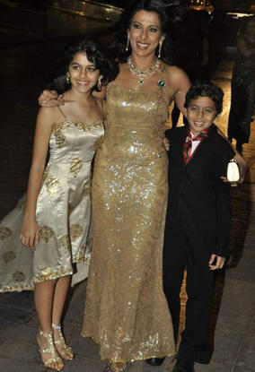 Pooja bedi with Daughter and Son (Family)