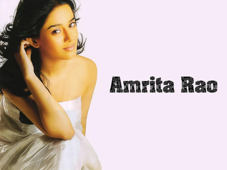 Amrita Rao spicy and sexy wallpaper