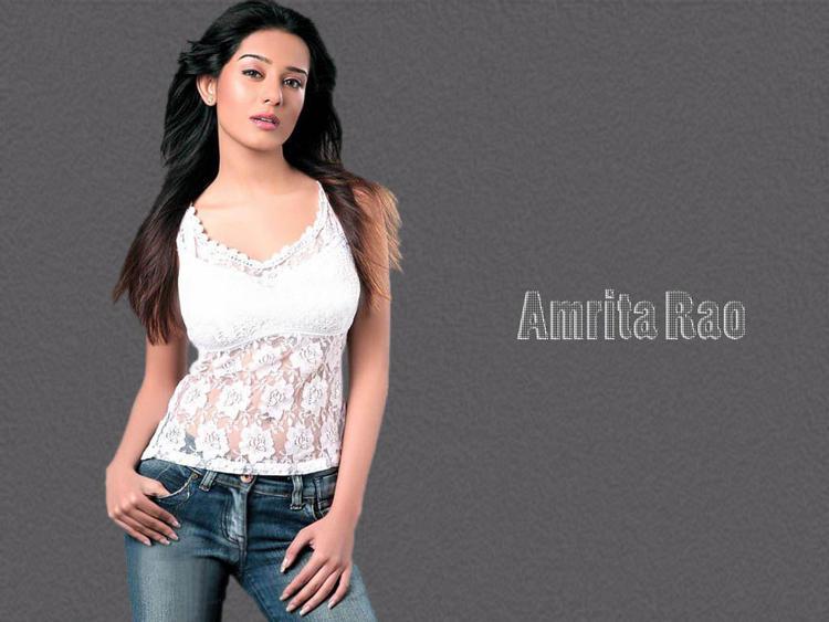 Amrita Rao hottest wallpaper pics
