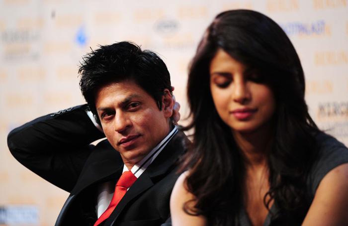 Priyanka and Shahrukh hot pic at at Press Conference in  Berlin