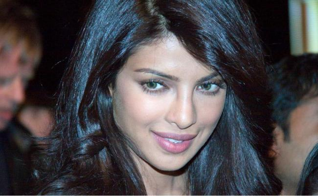 Priyanka at Don 2 Berlin Press Conference