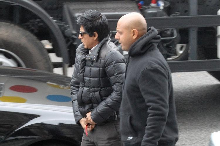 Shahrukh khan on the Shooting Sets of Don 2