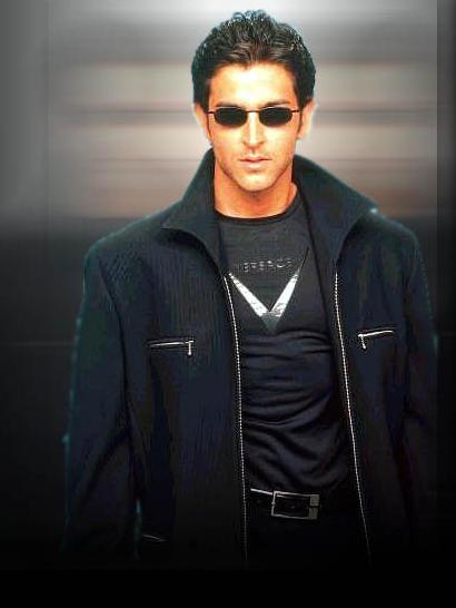 Hrithik Roshan look very handsome in Jacket