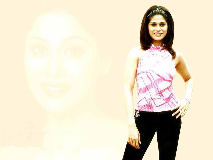 Shamita Shetty cutest wallpaper