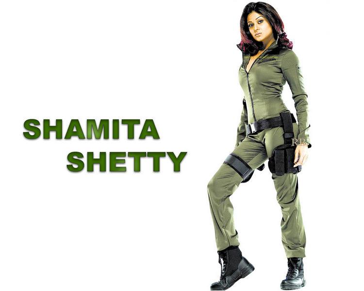 Shamita Shetty latest wallpaper