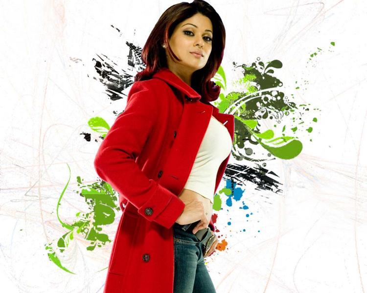 Shamita Shetty red hot pics