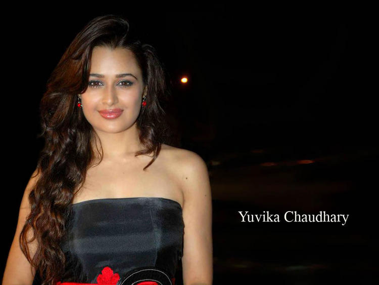 Yuvika Chaudhary looking so gorgeous