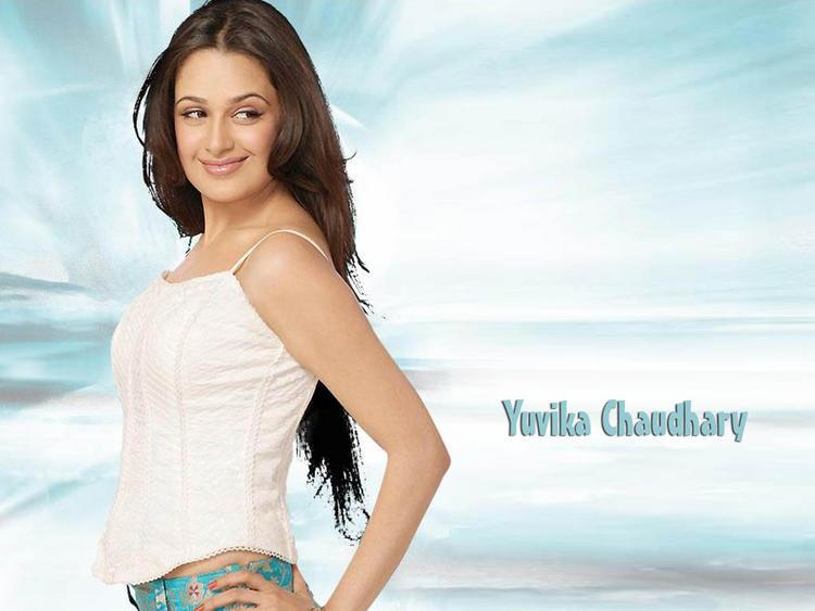 Yuvika Chaudhary sexy wallpaper