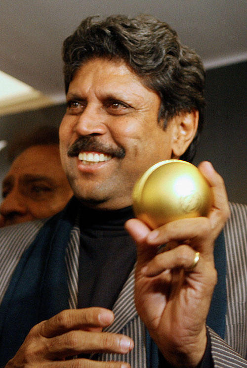 Kapil Dev launches official perfume of the 2007 World Cup
