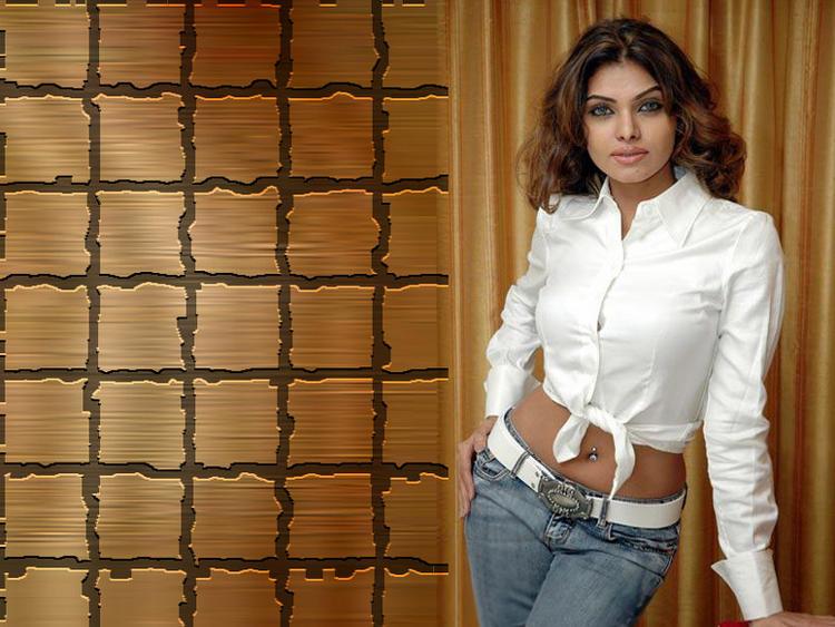 Mona Chopra wallpaper