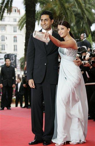 Abhishek with Aishwarya on red Carpet