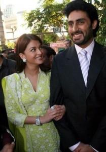 Aishwarya rai and abhishek bachchan attend the screening Of 'Guru'