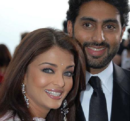 Aishwarya rai and Abhishek bachchan anniversary pics